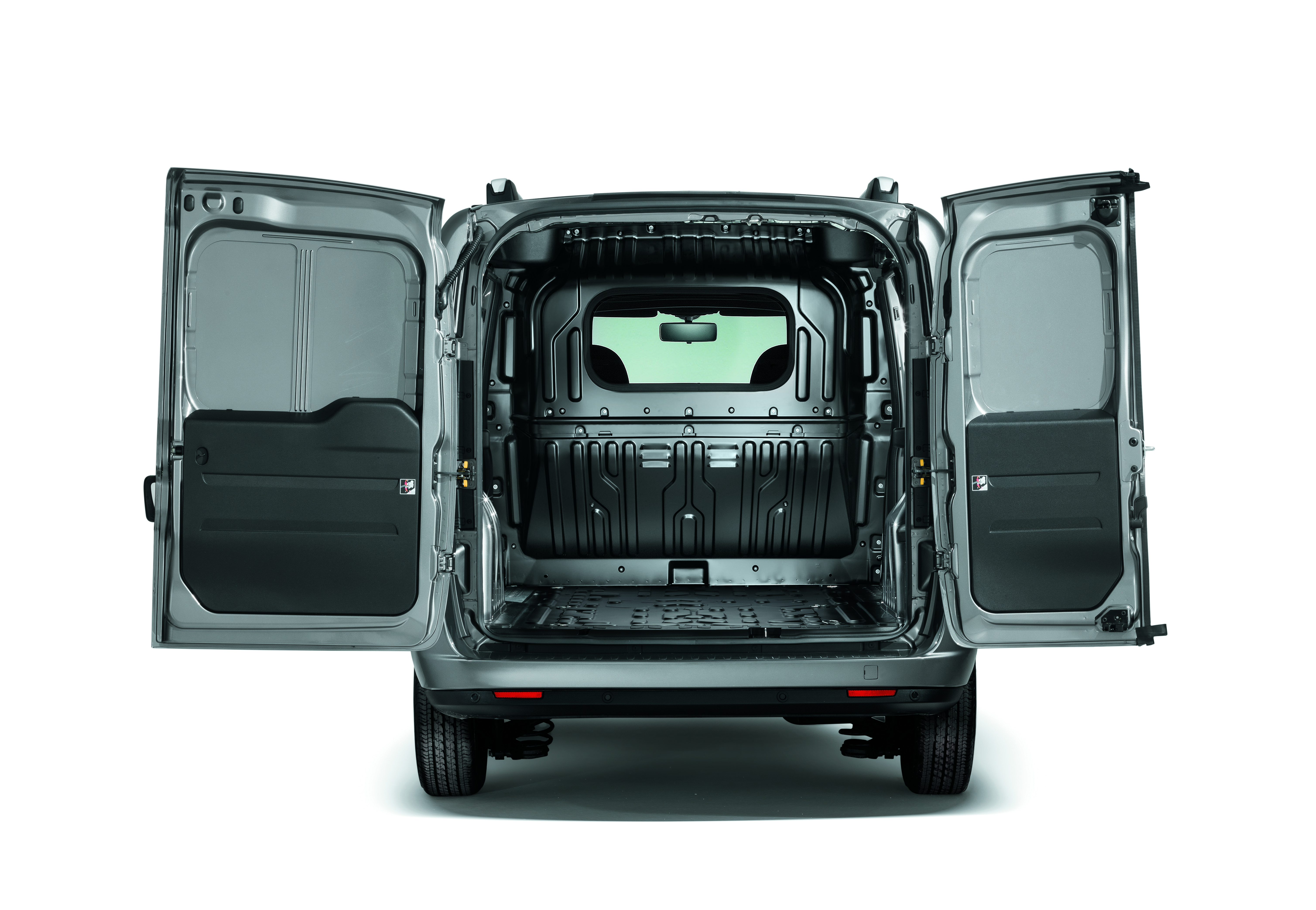 Fiat Doblo Cargo load space