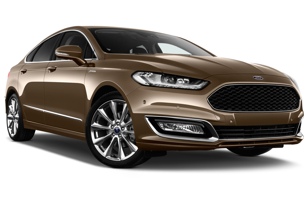 ford mondeo front angle view