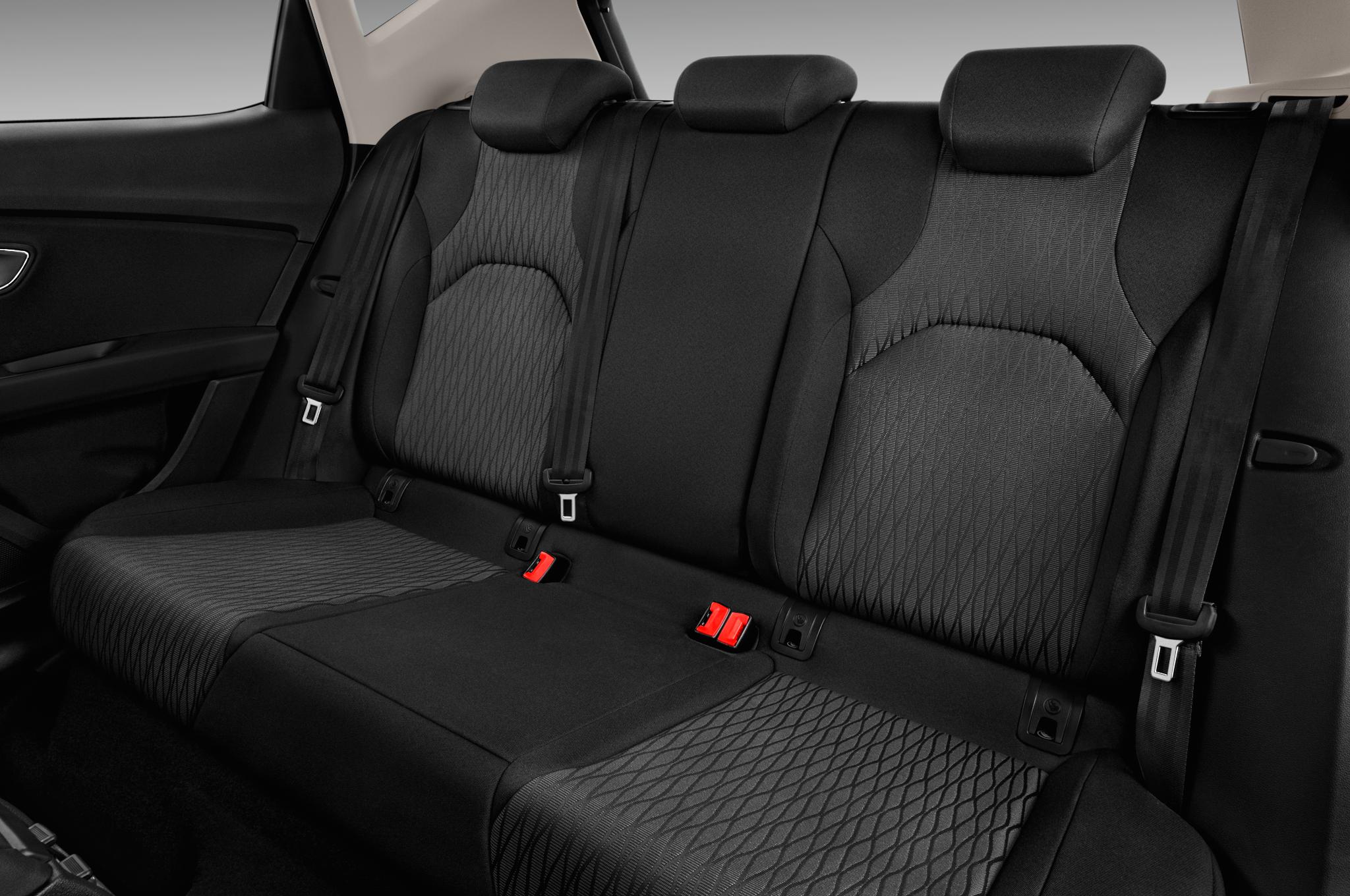 seat leon interior rear seat