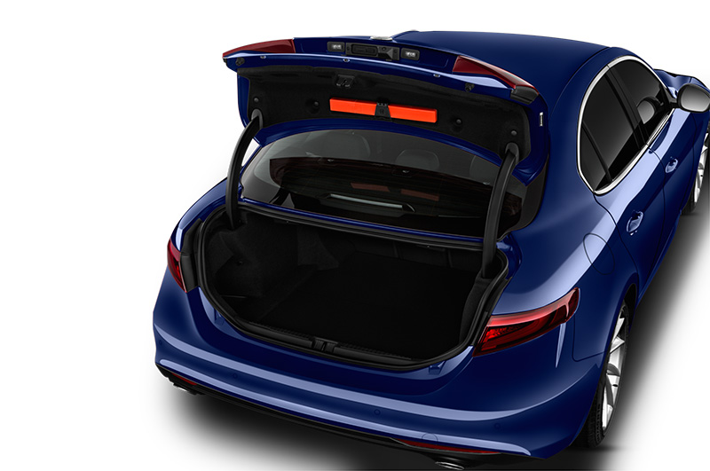 alfa romeo giulia boot space blue